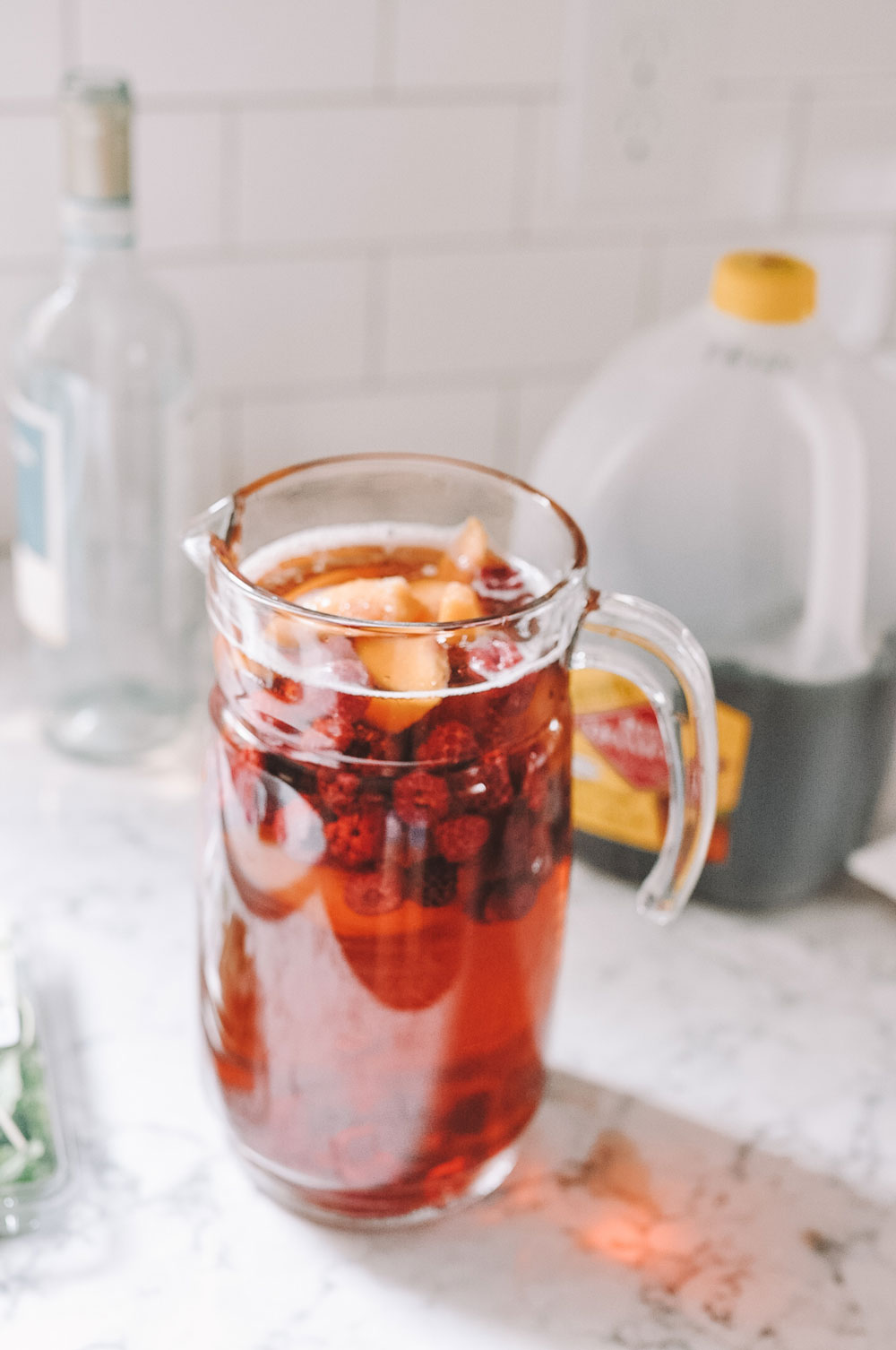 Red Diamond Sweet Tea Sangria for Tailgates and Football Watch Parties