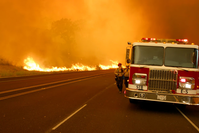 'Dante's Inferno':Massive fires in California and Arizona blazing out of control 070817-Whittier-Fire-UH-12-1000