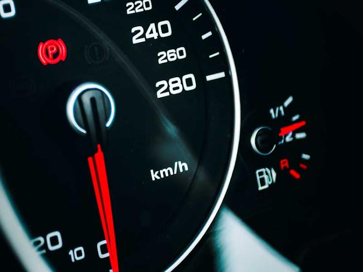 Gasolina e diesel têm estabilidade no preço médio; etanol registra queda