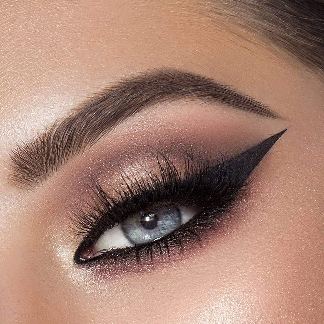 Maquiagem sombra glitter carnaval