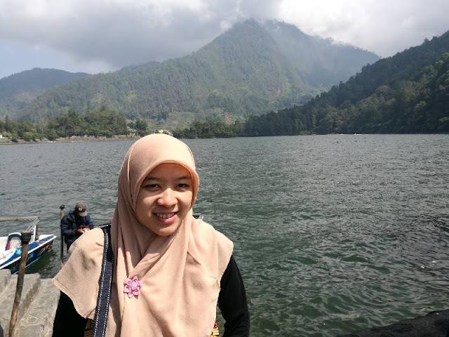 danau sarangan bersih
