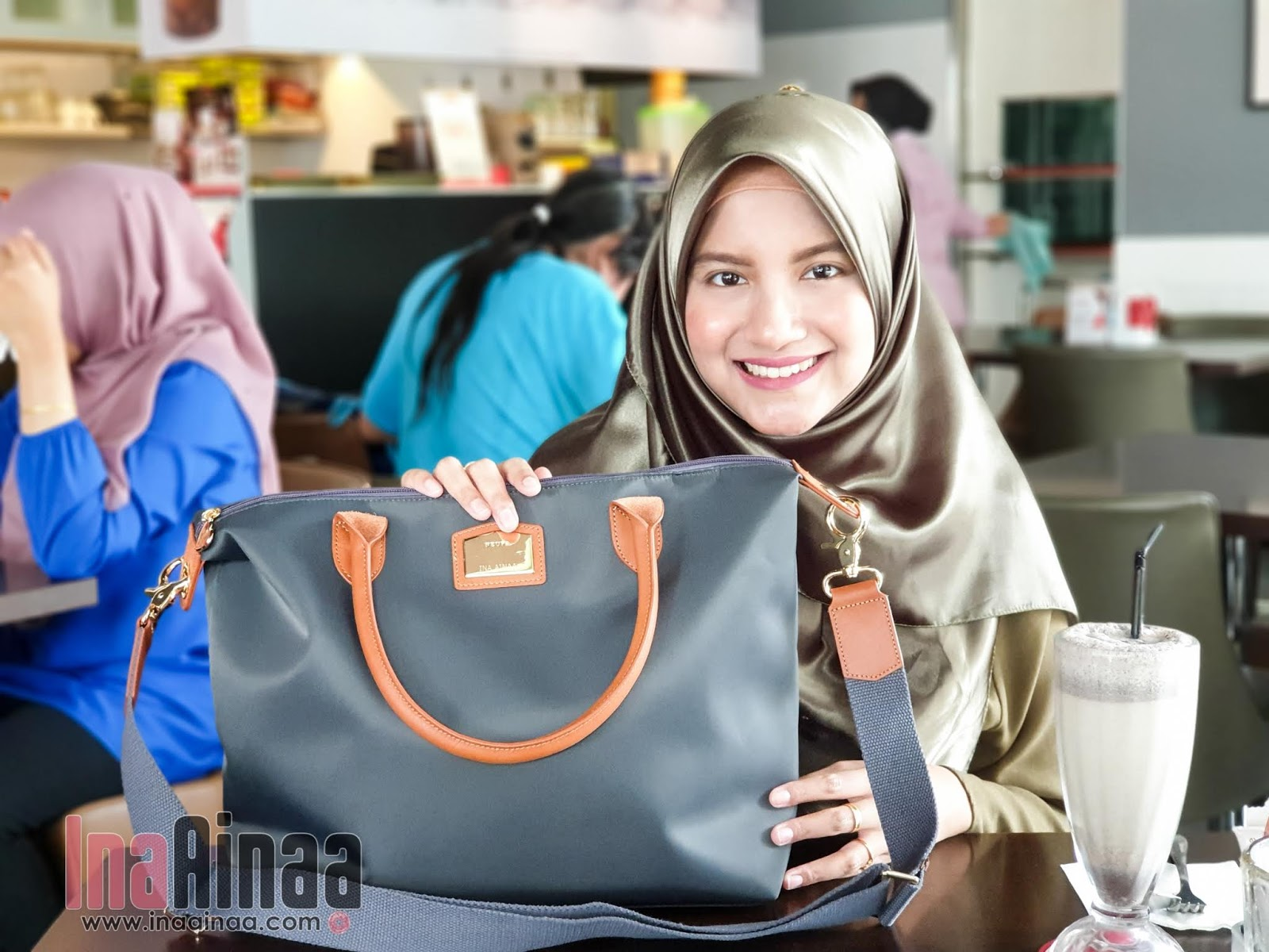 THE ORKED NEUFA SLING BAG - Hak Milik Ina Ainaa
