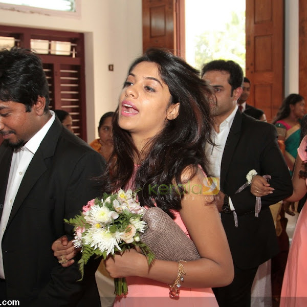 Archana Kavi latest hot photos from Ann Augustine wedding