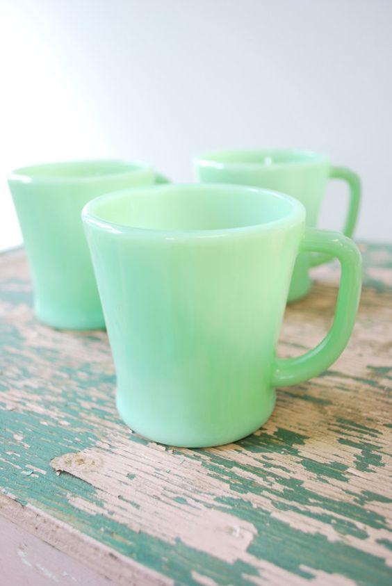 tasses en jadéite
