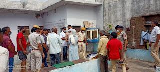 पत्रकार द्वारा ब्लैकमेलिंग से आहत युवती आत्महत्या मामला-केलवाड़ा-Kelwara-एस एफ एल टीम पहुंची मौके पर, तकनीकी जाँच में जुटी पुलिस