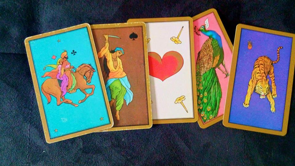 Quelques cartes de ce magnifique jeu de tarot divinatoire qu'est le tarot persan