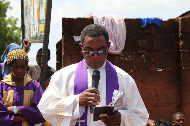 The Parish Priest Fr. John Patrick Onoja During The Passion Of Christ (Passion Play) Carrying Out The Reading ____Photo/Video Speak: Saint Anthony Parish Otukpo Passion Of Christ (Passion Play) 2017___