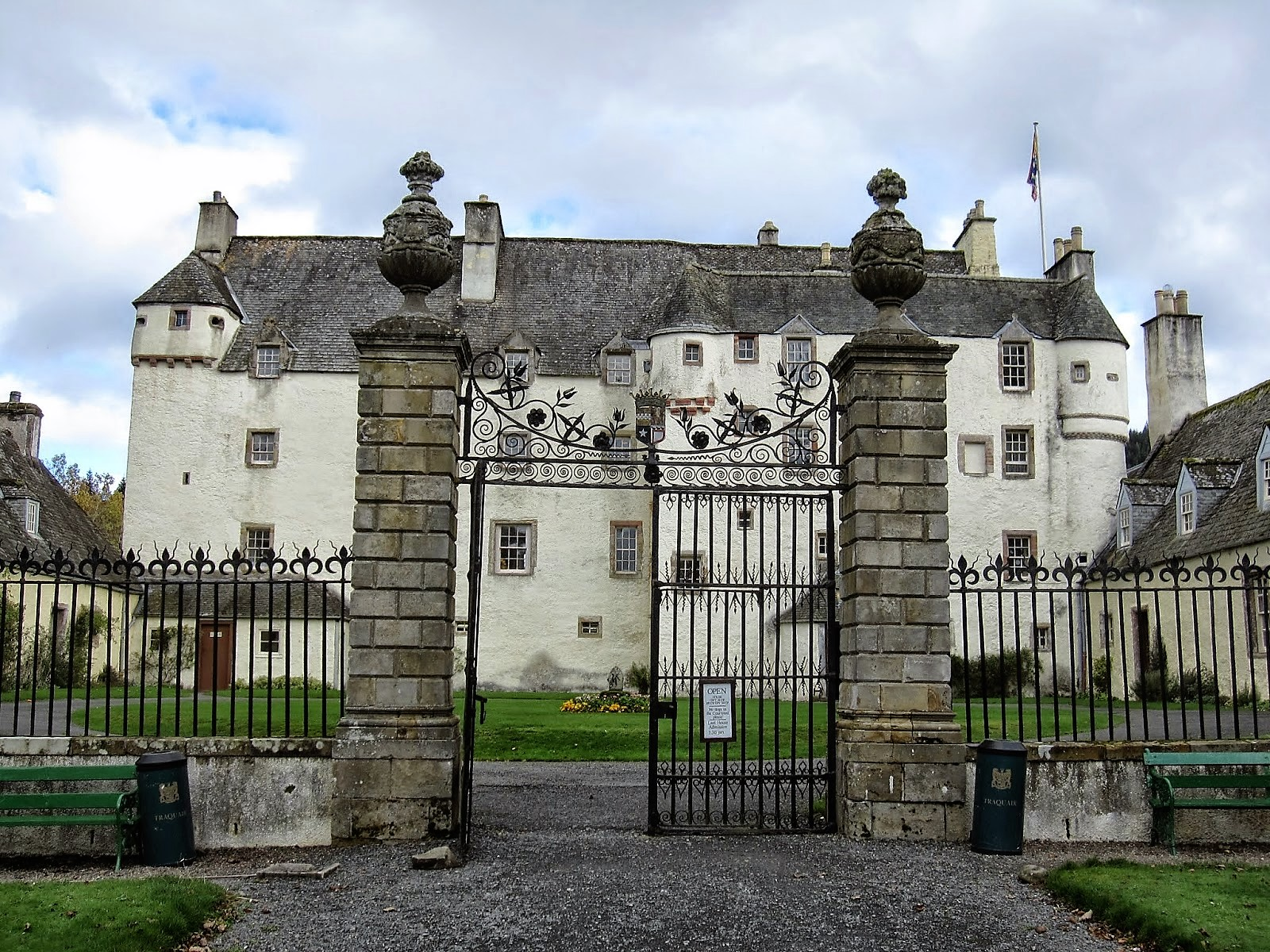 Fieggentrio wat is het oudste bewoonde huis ter wereld - Het mooiste huis ter wereld ...