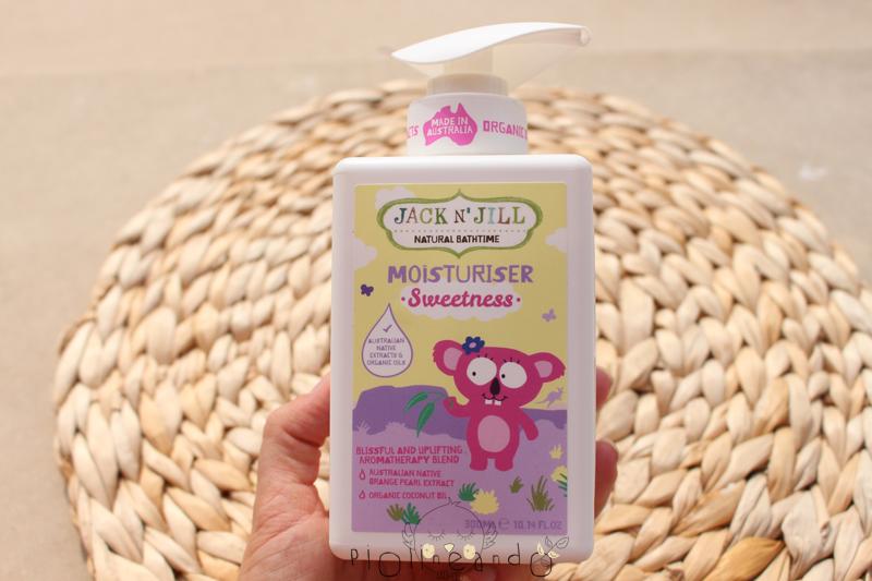 Hidratando la piel del bebé con crema natural