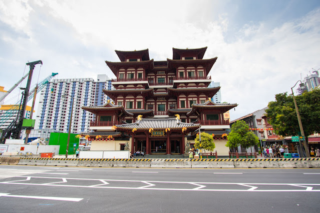 Buddha Tooth Relic temple-Chinatown-Singapore