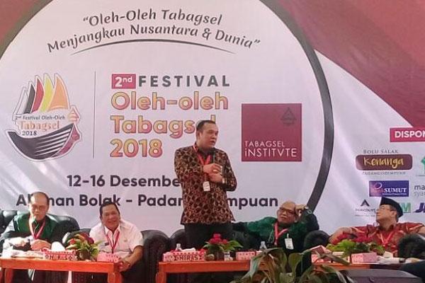 Walikota Padangsidimpuan Membuka Festival Oleh-Oleh Tabagsel Yang Ke 2 Thn 2018