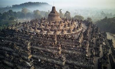 Candi Borobudur, Candi Budha Terbesar yang Memikat Hati