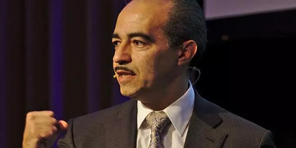 O homem que protege as contas bancárias de milhões de pessoas no mundo.