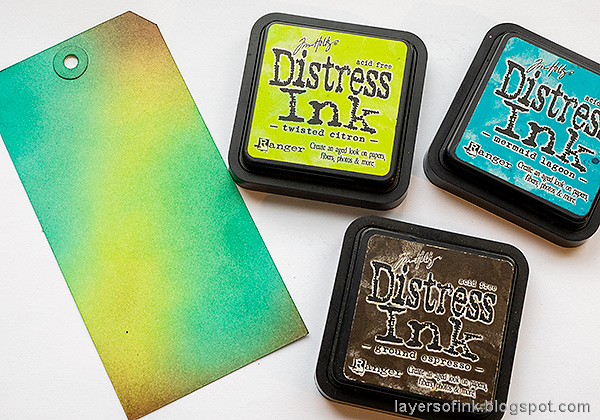 Layers of ink - Water Stenciling Video Tutorial by Anna-Karin Evaldsson. Ink with Distress Ink.