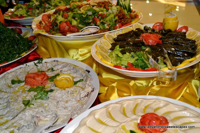 Different kinds of salad in Hatam