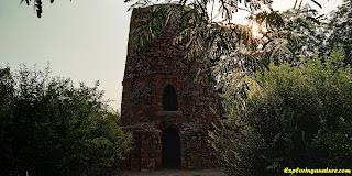Chor Minar at Hauz Khash