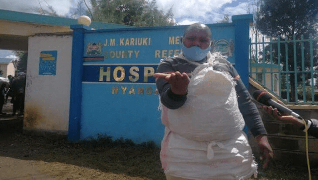A man demands for the release of his wife after the 14 days forced quarantine. PHOTO | K24