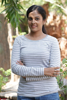 Actress Chandini in ed Tight Top at Ennodu Yilayadu tamil movie press meet ~  47.jpg