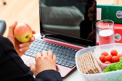 Sibuk Banget? Nih, Tips untuk Tetap Makan Sehat!