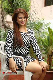 Actress Saloni Latest Pos in Short Dress  0222.JPG