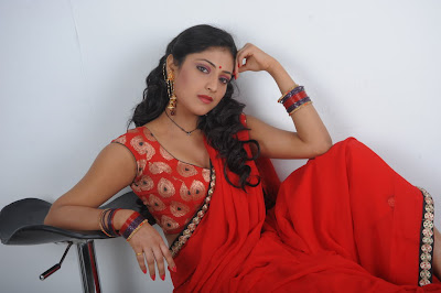 Actress Hari Priya New Hot Photos
