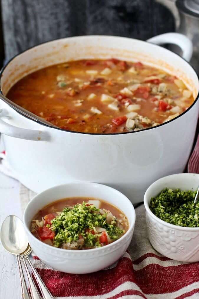 Red Clam Chowder with Garlicky Saltine Garnish