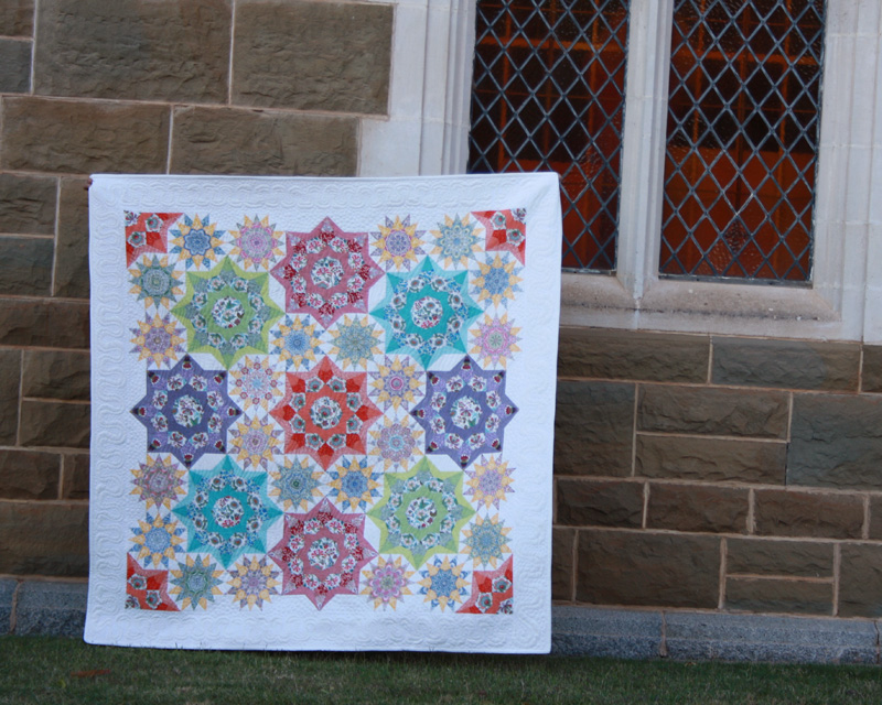 Quilting on the Go: English Paper Piecing by Sharon Burgess | Red Pepper Quilts 2017
