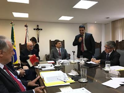EQUIPE DA DIG DE REGISTRO-SP RECEBE O PRÊMIO DE DESTAQUE POLICIAL DO DEPARTAMENTO