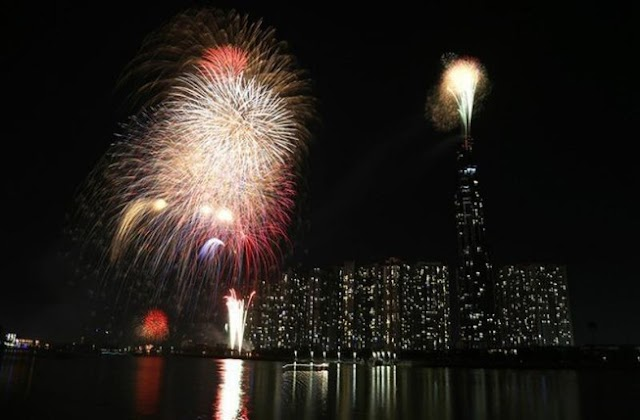 Where to welcome new year with firework this year?
