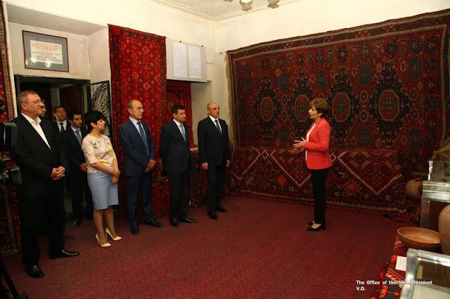 Exposición de alfombras Artsaj se abre en Stepanakert