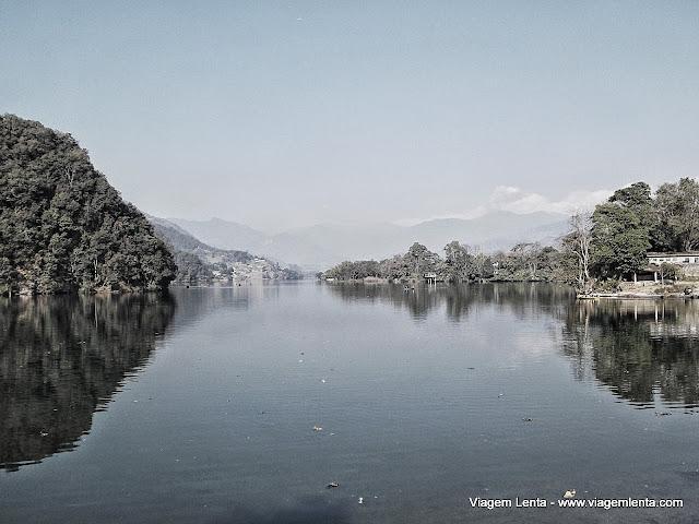 Mais do lago Phewa