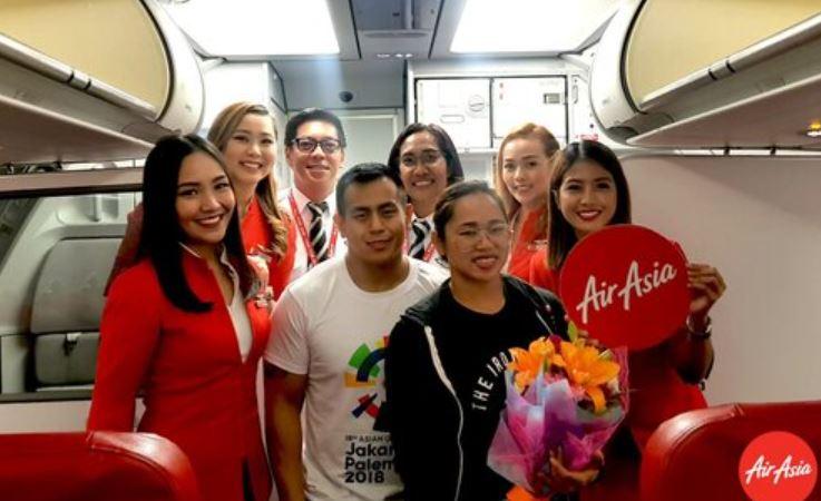 Hidilyn Diaz with unlimited flights AirAsia