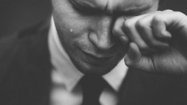 Workplace stress: Study shows 8 out of 10 cry at work