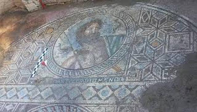 Εκπληκτικό ψηφιδωτό με θέμα τον Ποσειδώνα στις αρχαίες Αιγές στα Άδανα της Τουρκίας