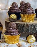 https://tomilloycanela-recetasdeunanovata.blogspot.com/2020/12/cupcakes-de-ferrero-rocher.html