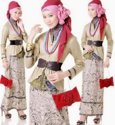 Setelan atasan dan bawahan model muslim batik remaja modern