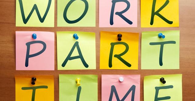 10 Pekerjaan Paruh Waktu yang Bisa Dilakukan Mahasiswa untuk Menambah Uang Saku