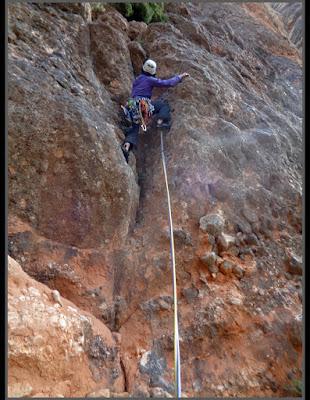 Aresta GAS en Roques de Masmut, escalada