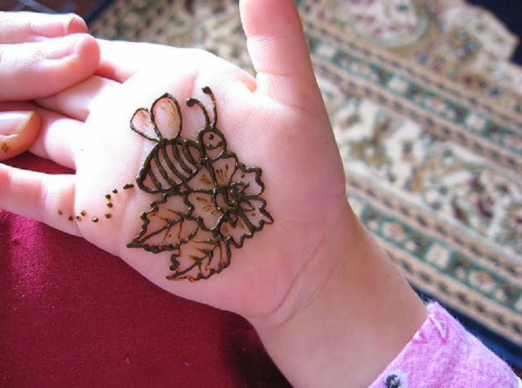 Latest Simple Mehndi Designs For Hands 2013 Images