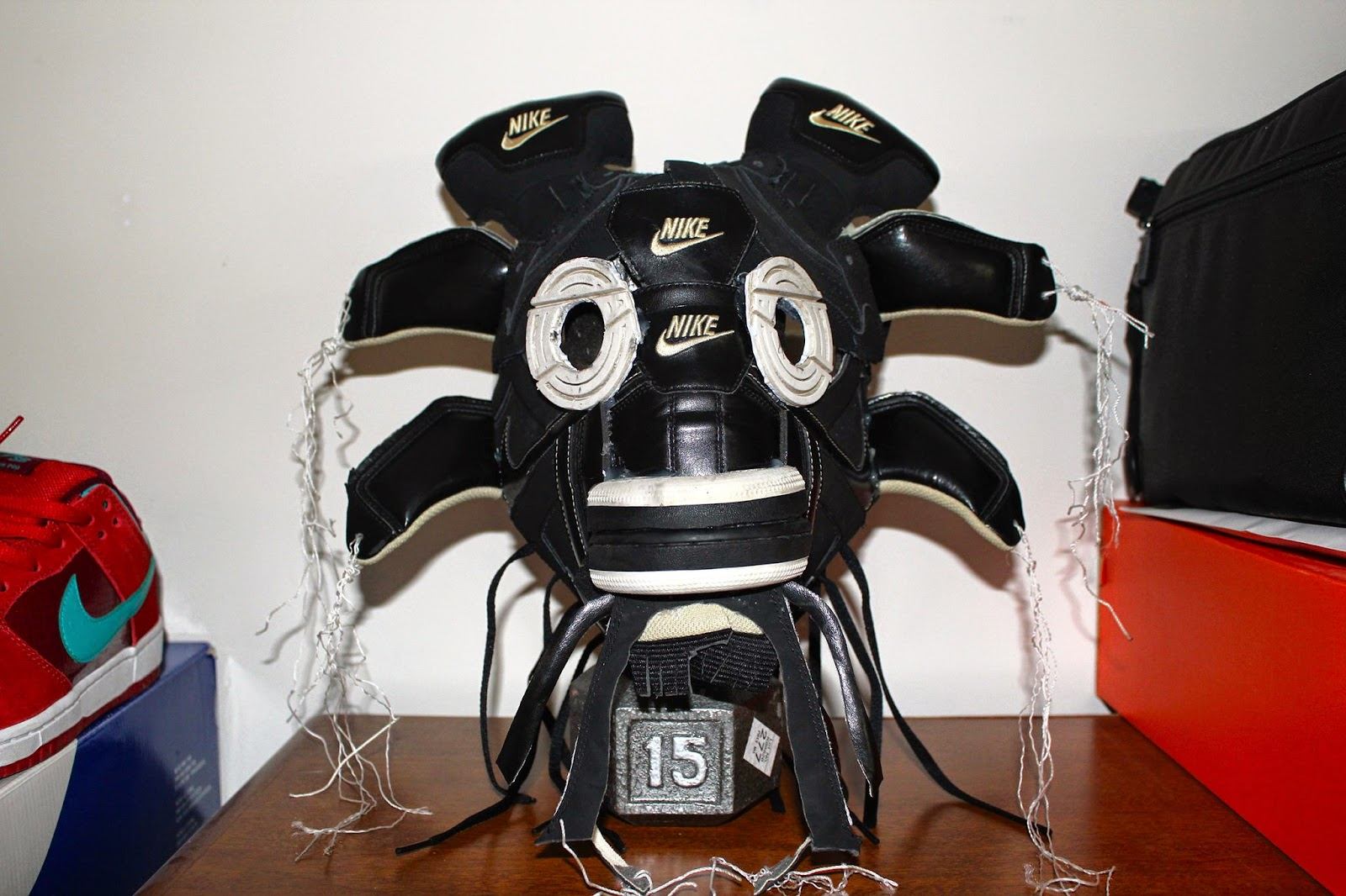 @williamsaiz Dunk High Gas Mask