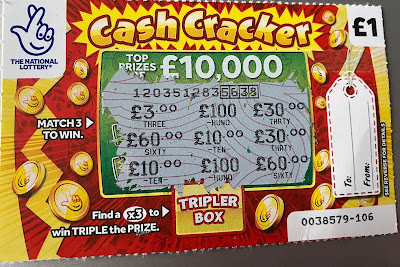 £1 Cash Cracker