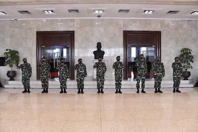 Panglima TNI Terima Laporan Kenaikan Pangkat 23 Perwira Tinggi