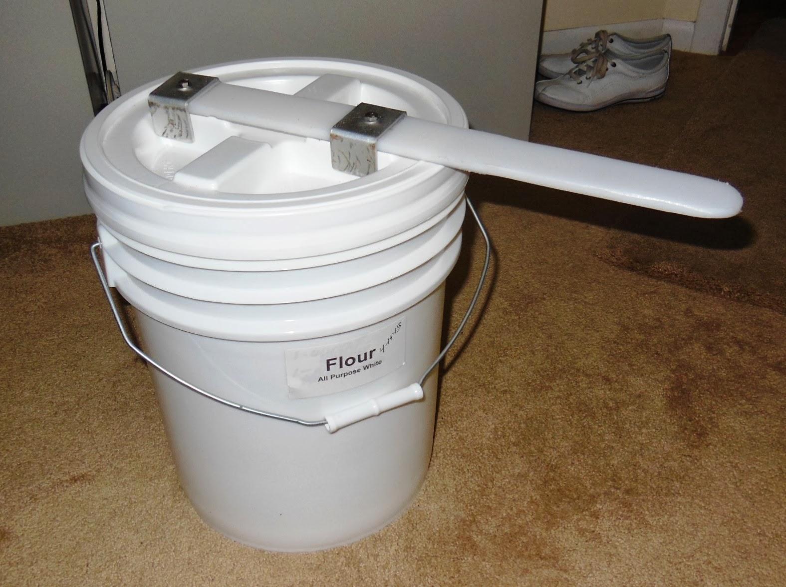 Camping Toilet Gamma : Living prepared : gamma seal lid opener