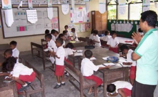 Persoalan Guru yang Ada Saat ini Karena Moratorium CPNS Guru