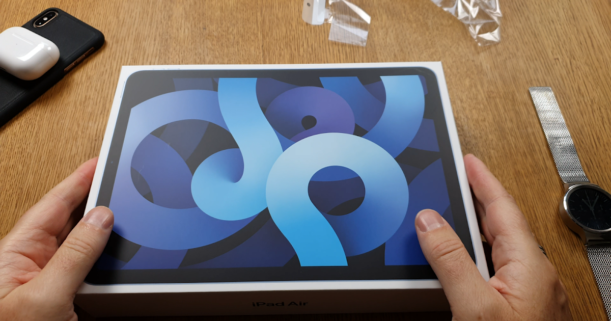 Unboxing of my 256GB iPad Air 4 2020 in Sky Blue