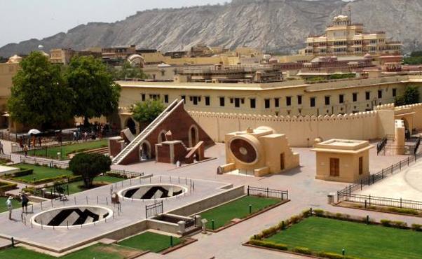 Jantar Mantar Places to see in Jaipur