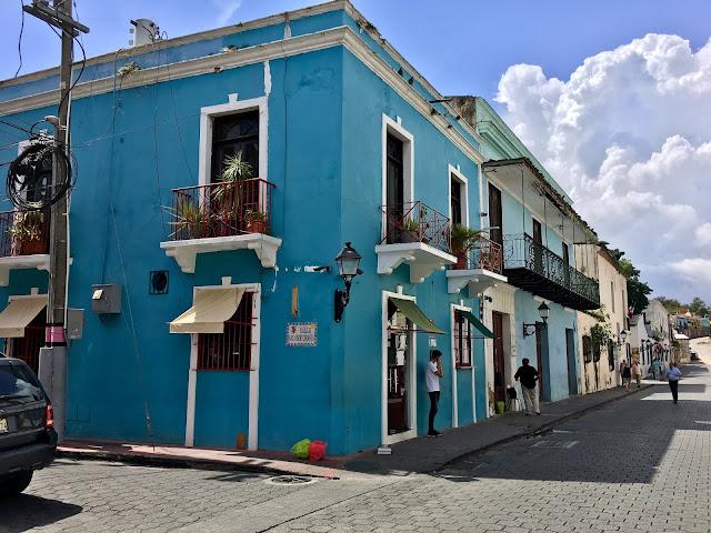 facade bleue santo domingo
