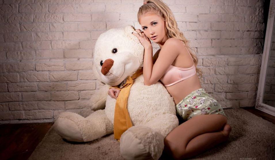 RosseMclay Model GlamourCams