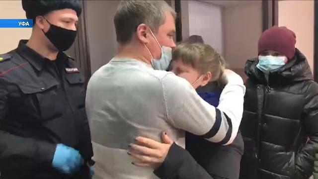Суд присяжных признал супружескую чету из Сатпаева виновными в похищении и изнасиловании пятилетней девочки