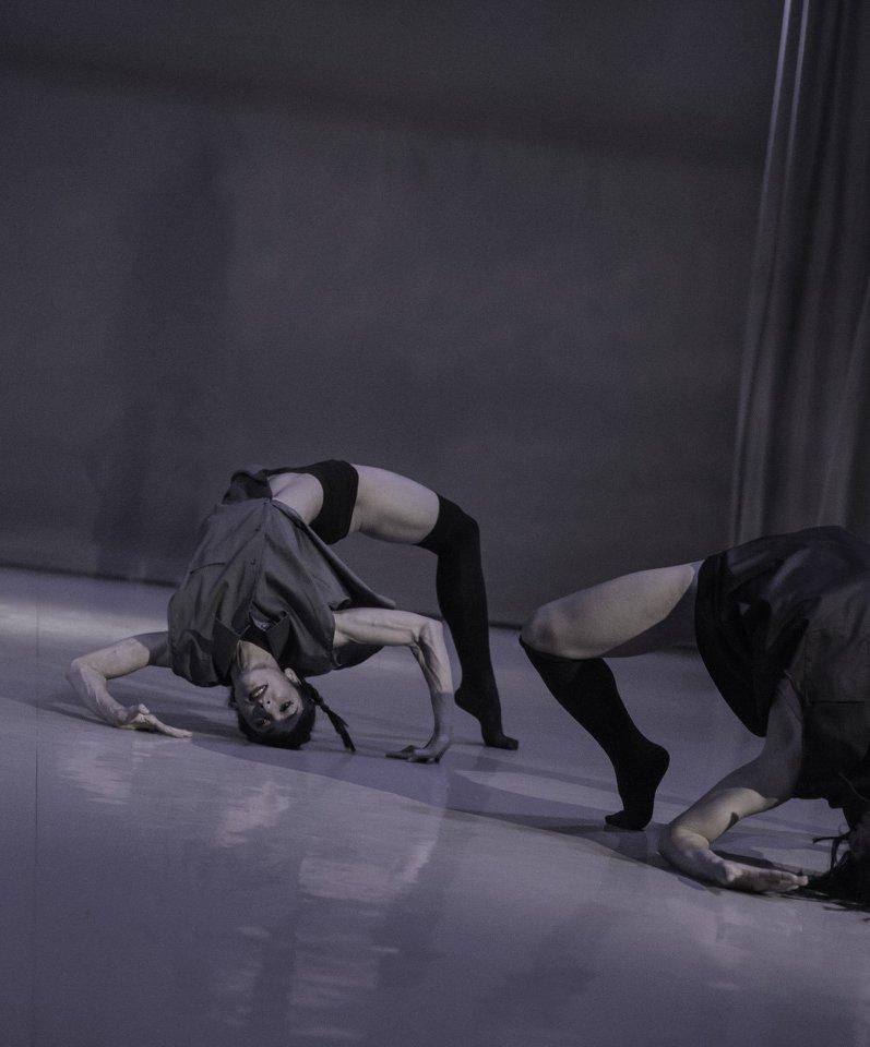 Σύγχρονος χορός για όλους στη Δημοτική Σχολή Μπαλέτου
